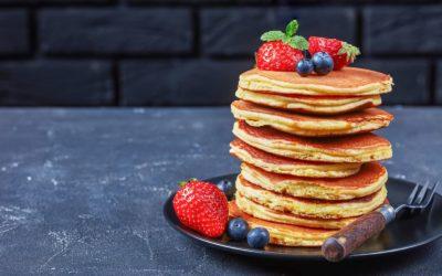 Pancakes Low Carb à la poudre d'amande et crème aux fruits rouges